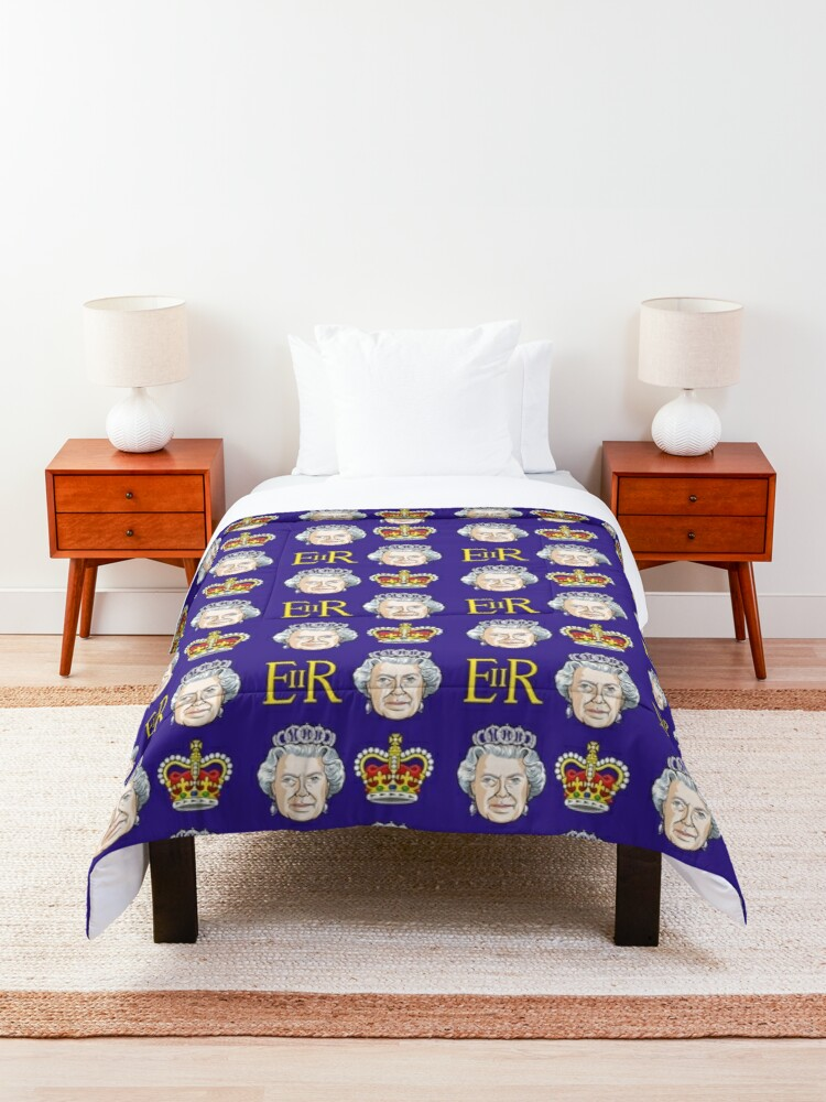 Alternate view of Queen Elizabeth II Comforter
