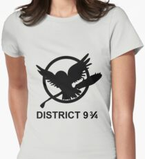 District 9 3/4 Women's Fitted T-Shirt