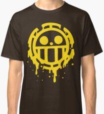 Heart pirates trafalgar law one piece Classic T-Shirt