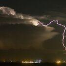 Lakeside Lightning by Larry  Grayam