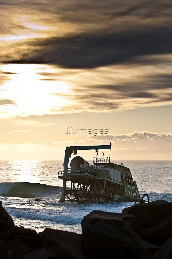 Wave Power by 16images