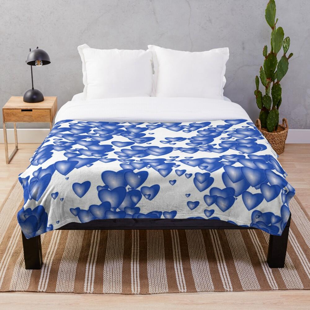 Blue heart pattern Throw Blanket