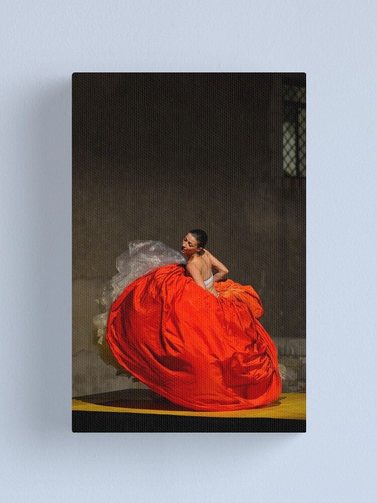 Alternate view of Dancer in red  Canvas Print