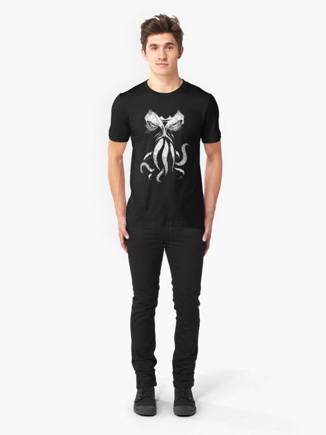 Alternative Ansicht von Cthulhu wacht auf Slim Fit T-Shirt