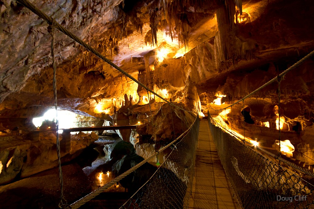 Abercrombie caves NSW  by Doug Cliff