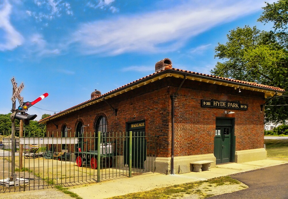 Hyde Park Railway Station by Pamela Phelps
