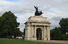 Wellington Arch by ValeriesGallery