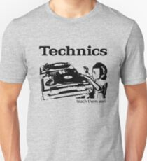 Technik 2 Unisex T-Shirt