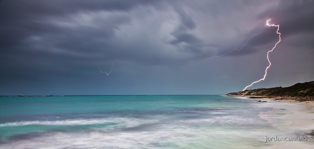 Lightning over Burns Beach by jordancantelo