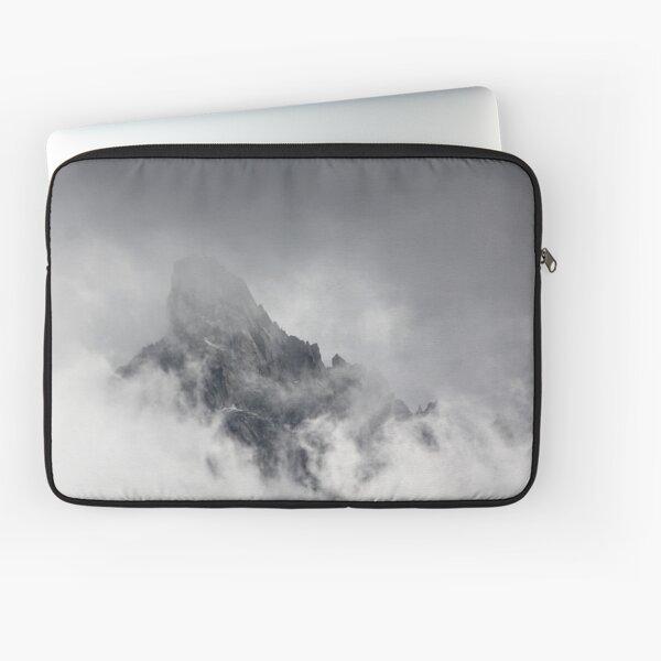 Mountain peak Laptop Sleeve