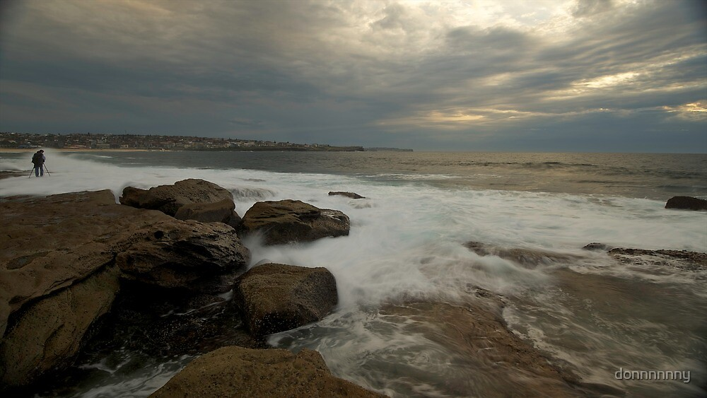BOOTY AT MAROUBRA by donnnnnny
