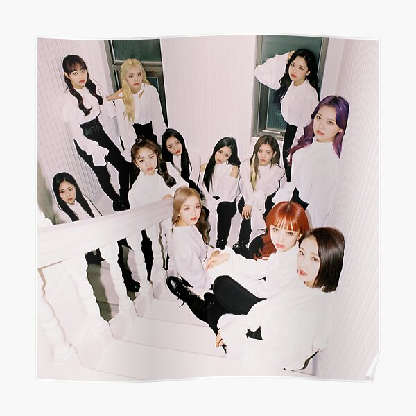 LOONA group print Poster