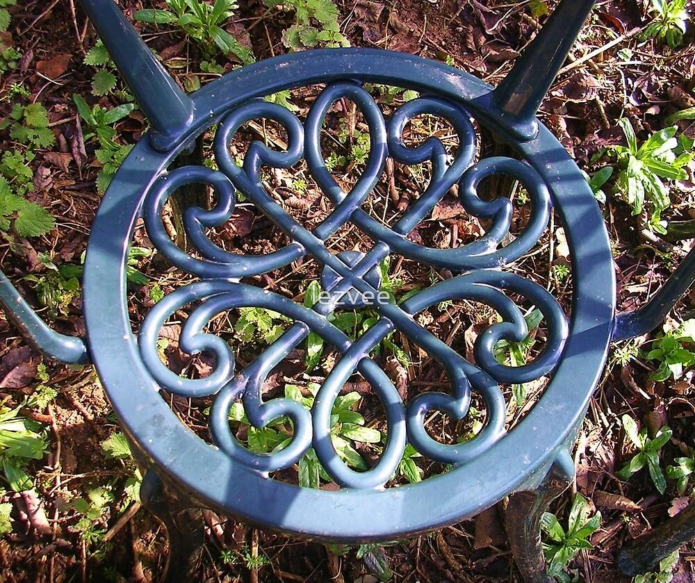 Garden Seat by lezvee