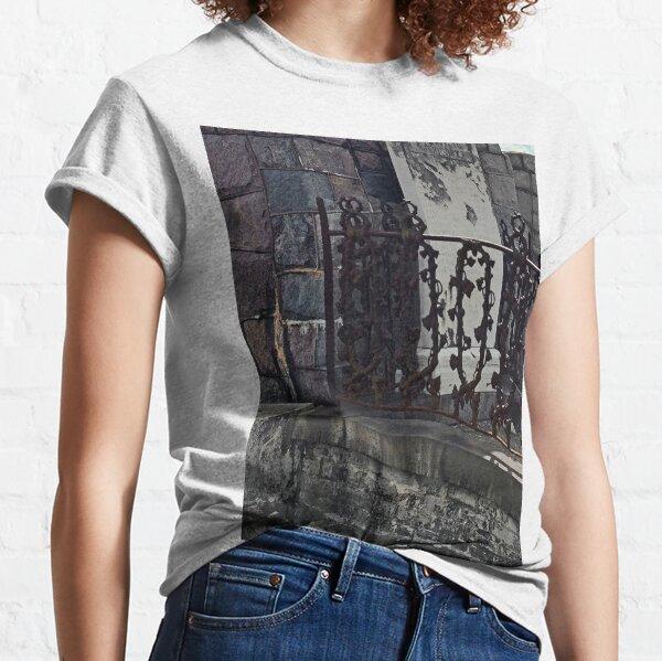 Wrought Iron Graveyard Fence Classic T-Shirt