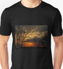 A wonderful new day Unisex T-Shirt