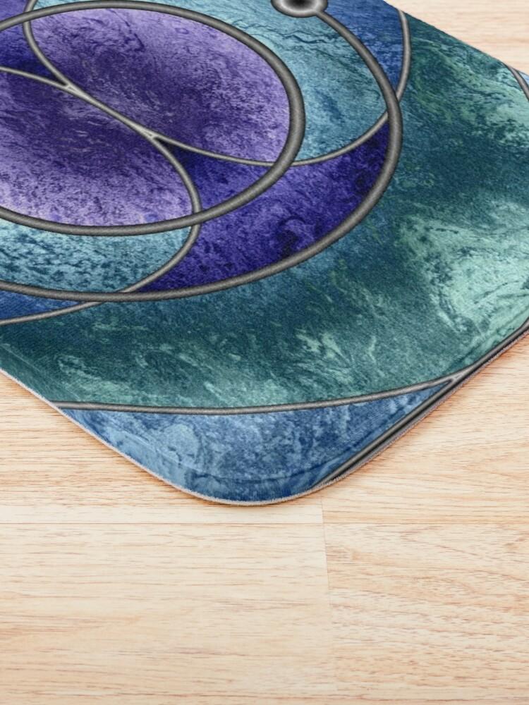 Alternate view of Element 2: Helium Bath Mat