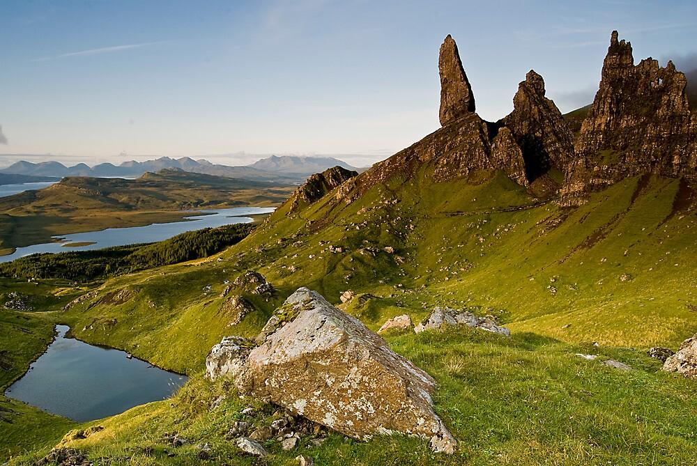 Skyes Eyes, Oldman Of Storr, Skye, Highlands by jamieweeden