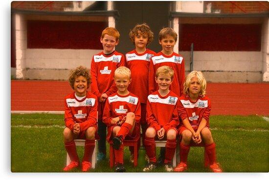 Swans Under 8's by WALTON & HERSHAM YOUTH FC