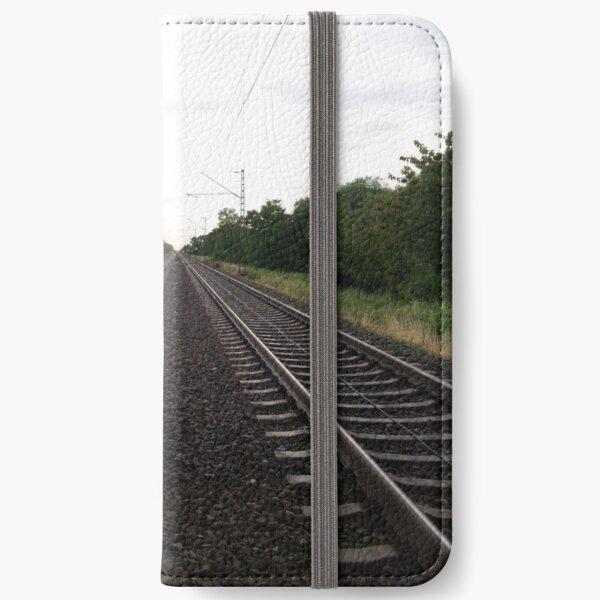 centered iPhone Flip-Case