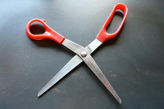 Dancing Scissors by MaeBelle