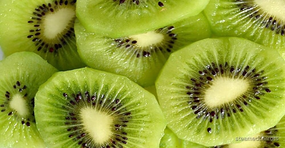 Kiwis by steamedcarrots