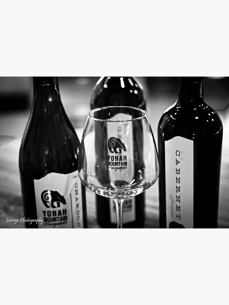 Yonah Mountain Wines black and white by jenseye