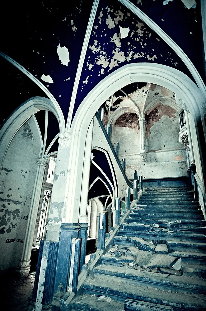 Vaults of Blue ~ Chateau Noisy by Josephine Pugh