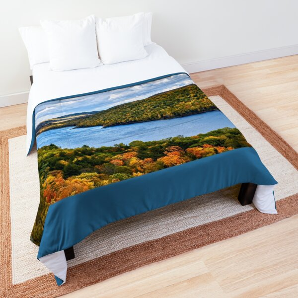"""""""Autumn at Lake of the Clouds""""  Comforter"""