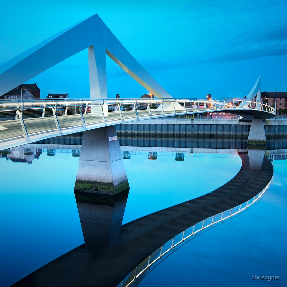 That Squiggly Bridge by chriscyner