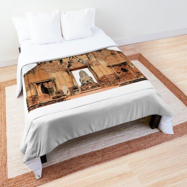 Ancient Siamese Ruins Comforter