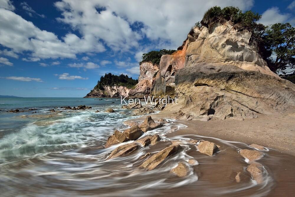 Otonga Point Rocks by Ken Wright