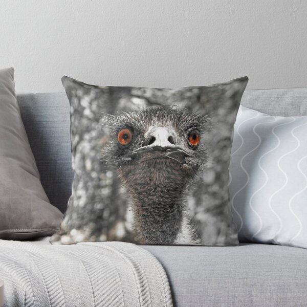 Emu Staring with red eyes Throw Pillow