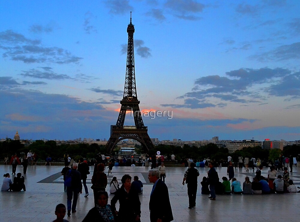 Trocadero Plaza by Imagery