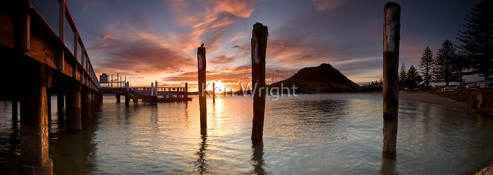 Salisbury Wharf Peach Dusk by Ken Wright
