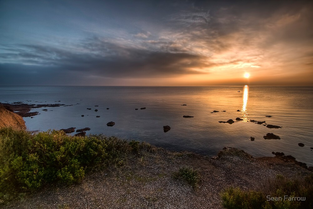 Towards the Horizon by Sean Farrow
