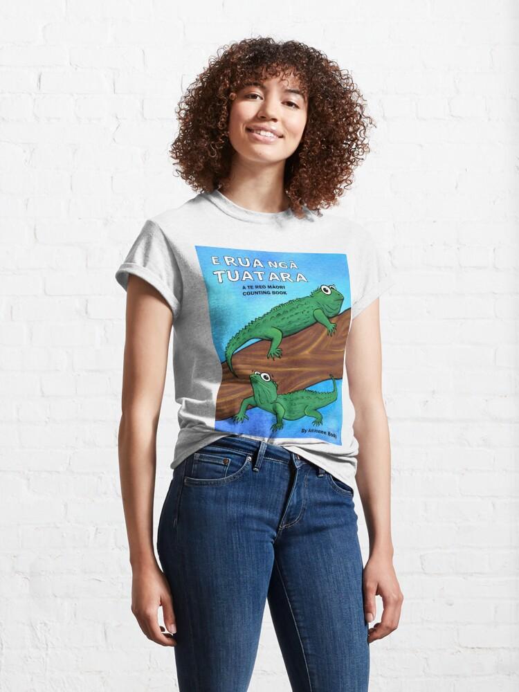 Alternate view of Cover Art - E Rua Nga Tuatara Classic T-Shirt