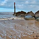 Incoming tide. by daimonic