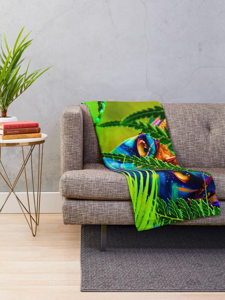 Alternate view of World of Pandora - Avatar - Neytiri Throw Blanket