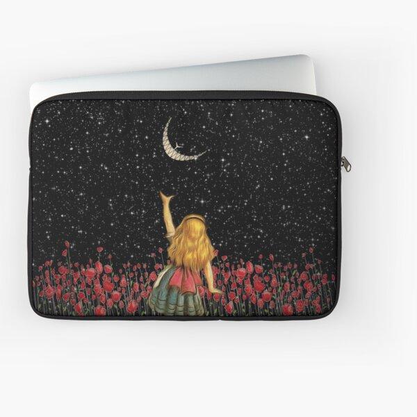 Wonderland Smiling Starry Night - Alice In Wonderland Laptop Sleeve