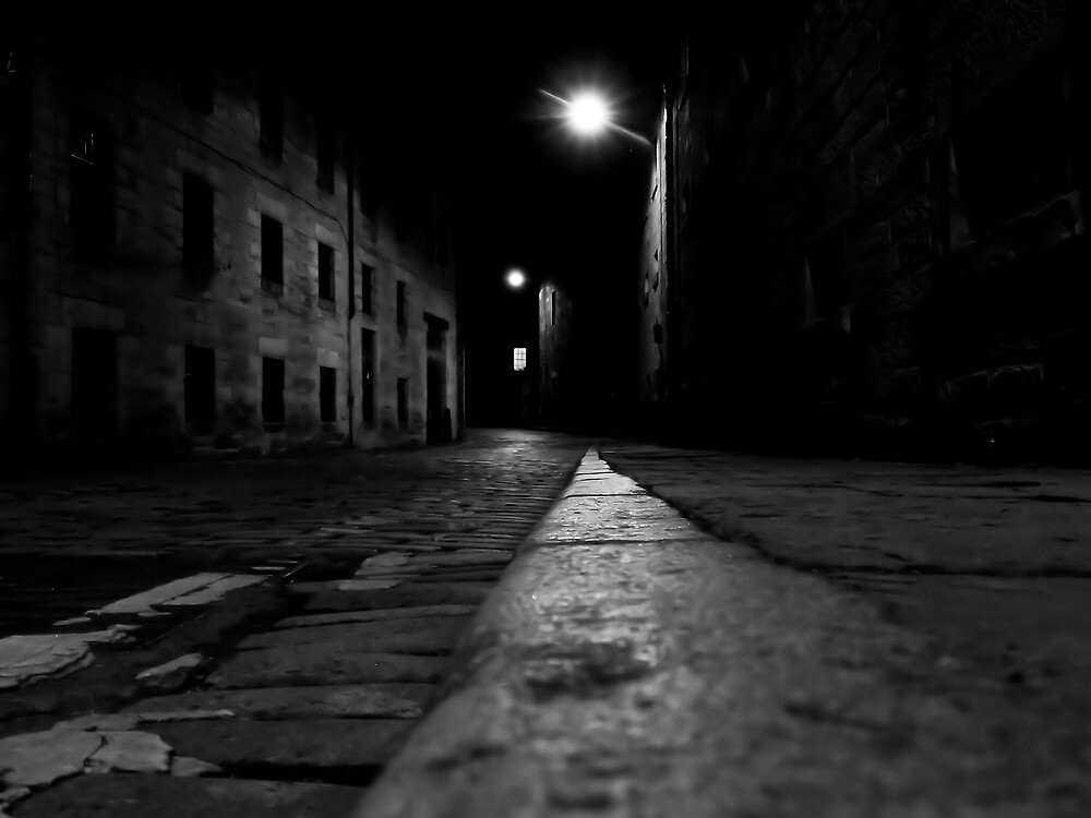 London Road at night by ulryka