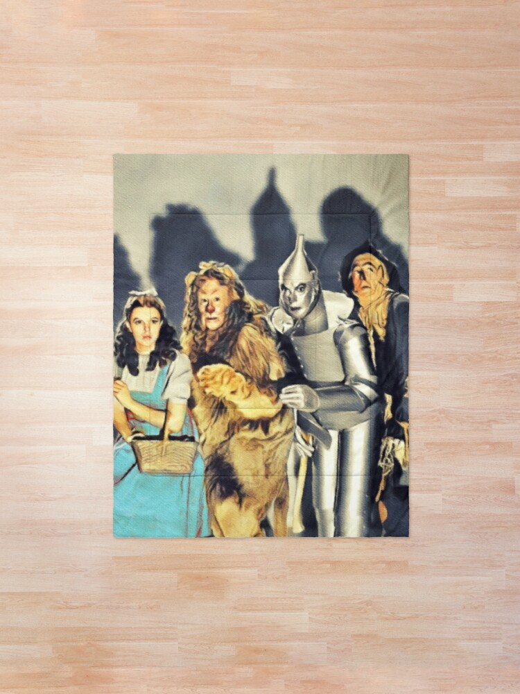 Alternate view of The Cast of the Wizard of Oz Comforter
