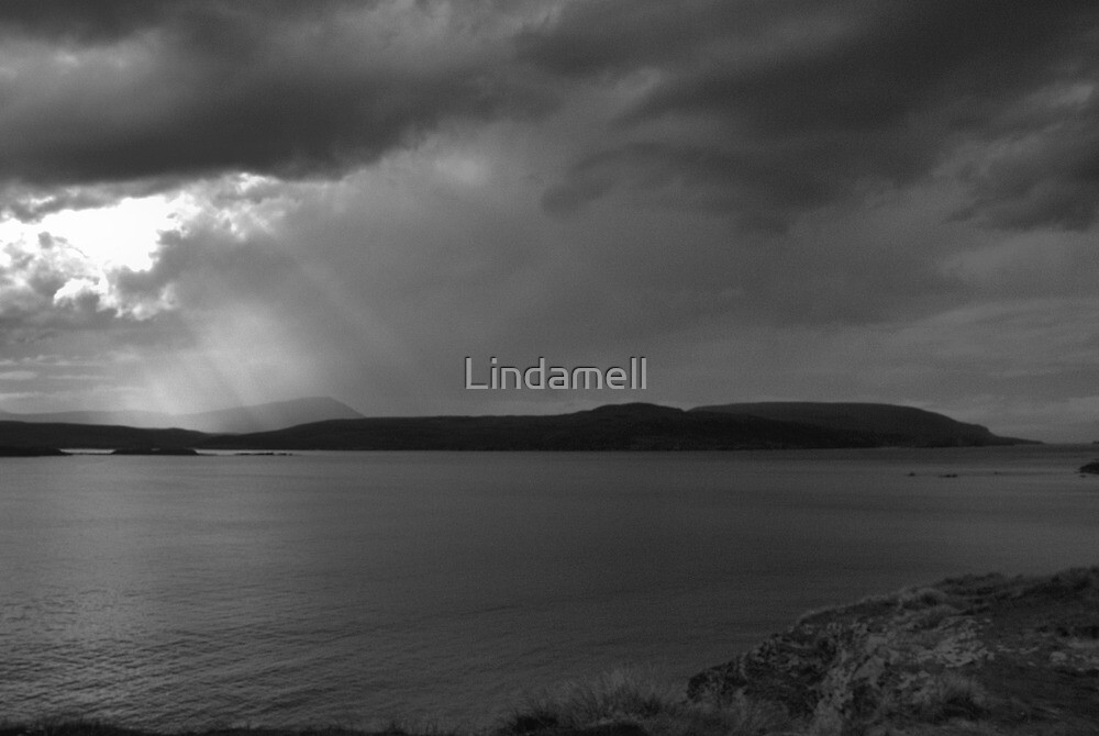 A Gap in the Clouds by Lindamell