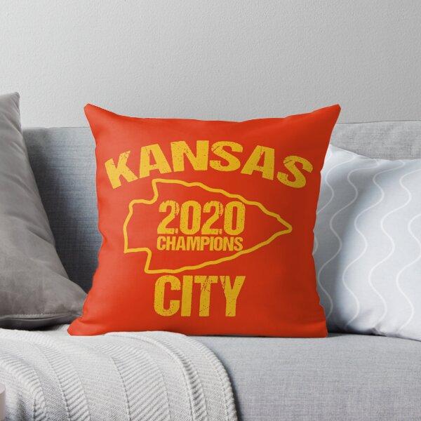 KC 2020 Kansas City Red Kc Super Arrowhead World Fandom Gear T-Shirt Throw Pillow