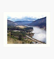 Columbia River at Trail Art Print