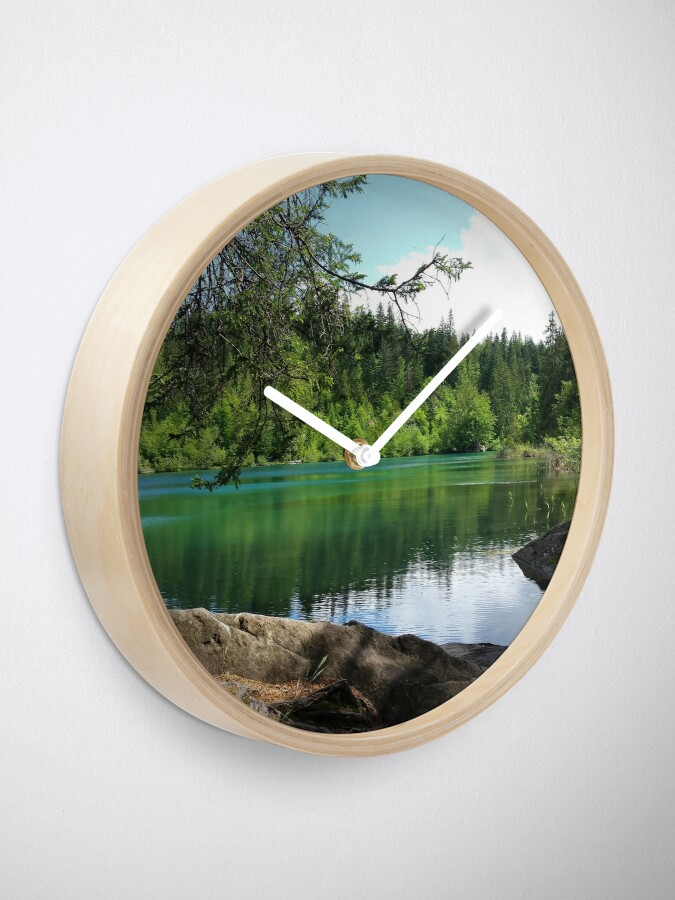 Alternative Ansicht von Crestasee bei Trin Flims, Graubünden Uhr