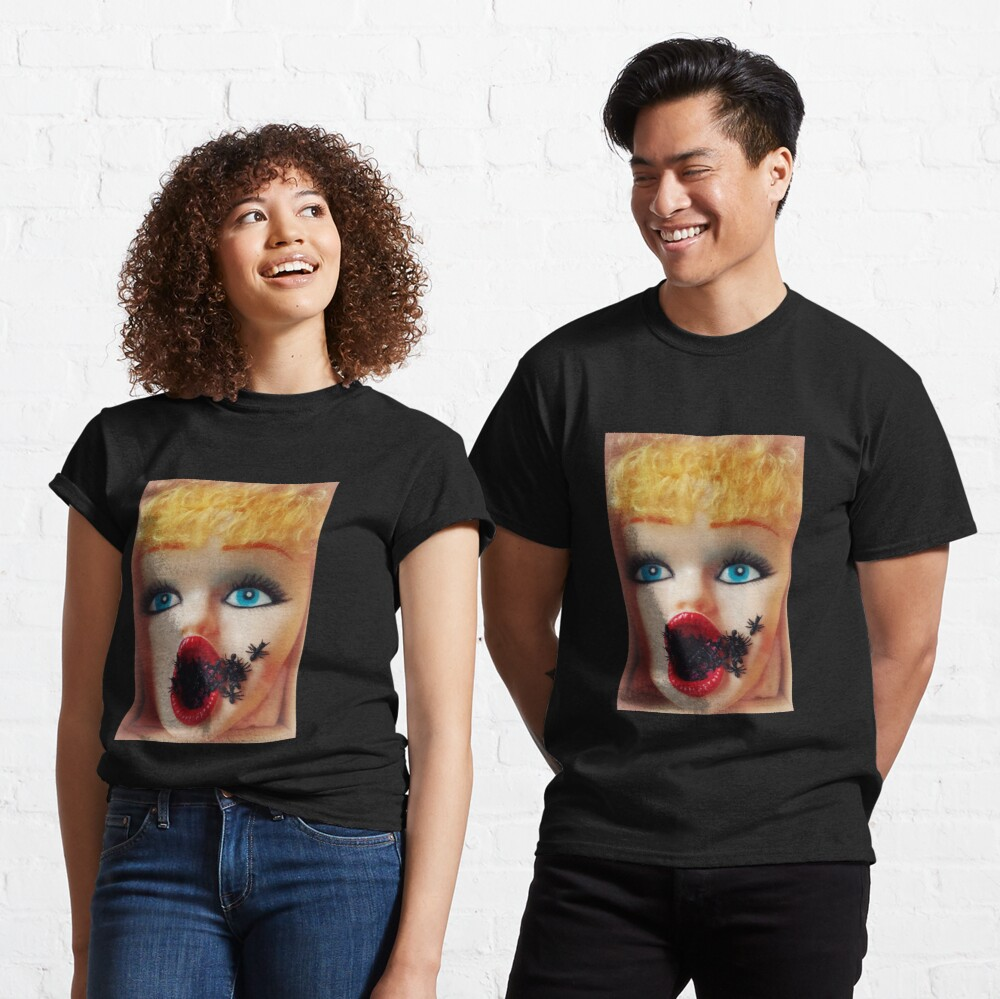 Feminist Kitsch Horror Creepy Blow Up Doll Head Print Classic T-Shirt