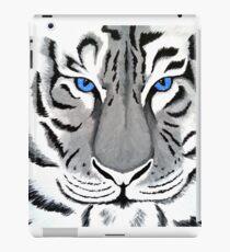 White Tiger with Piercing Blue Eyes iPad Case/Skin