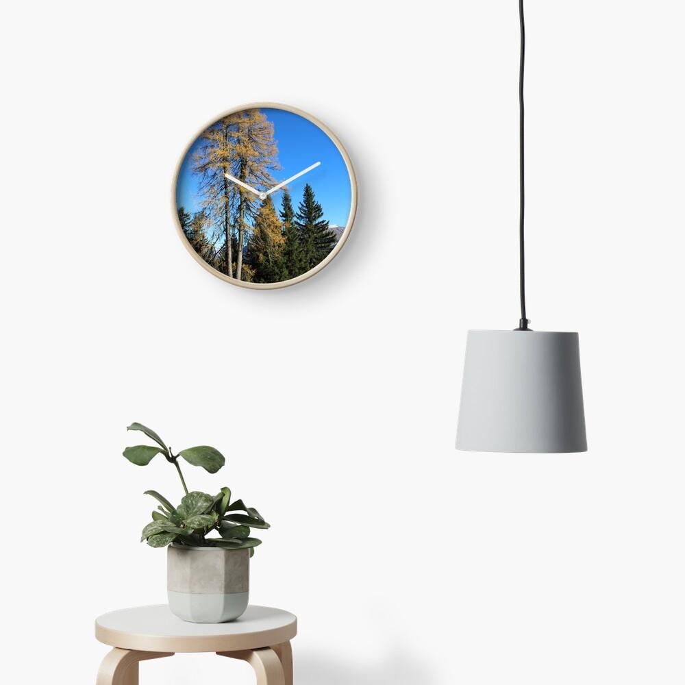 Brambrüesch, Wald im Herbst Uhr