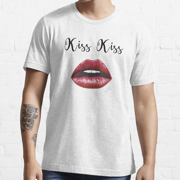 Kiss Kiss Essential T-Shirt