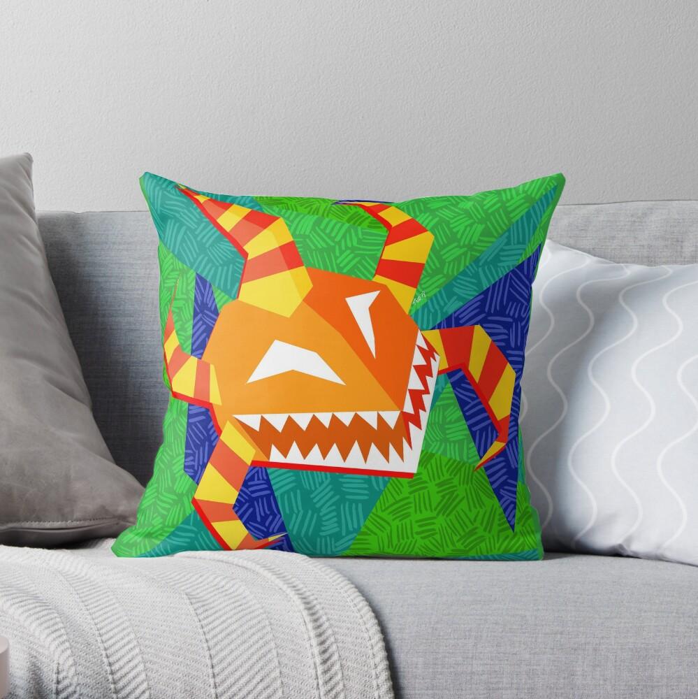 vejigante anaranjado Throw Pillow